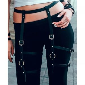 Accessories - Garter strap faux leather black strap bondage sexy